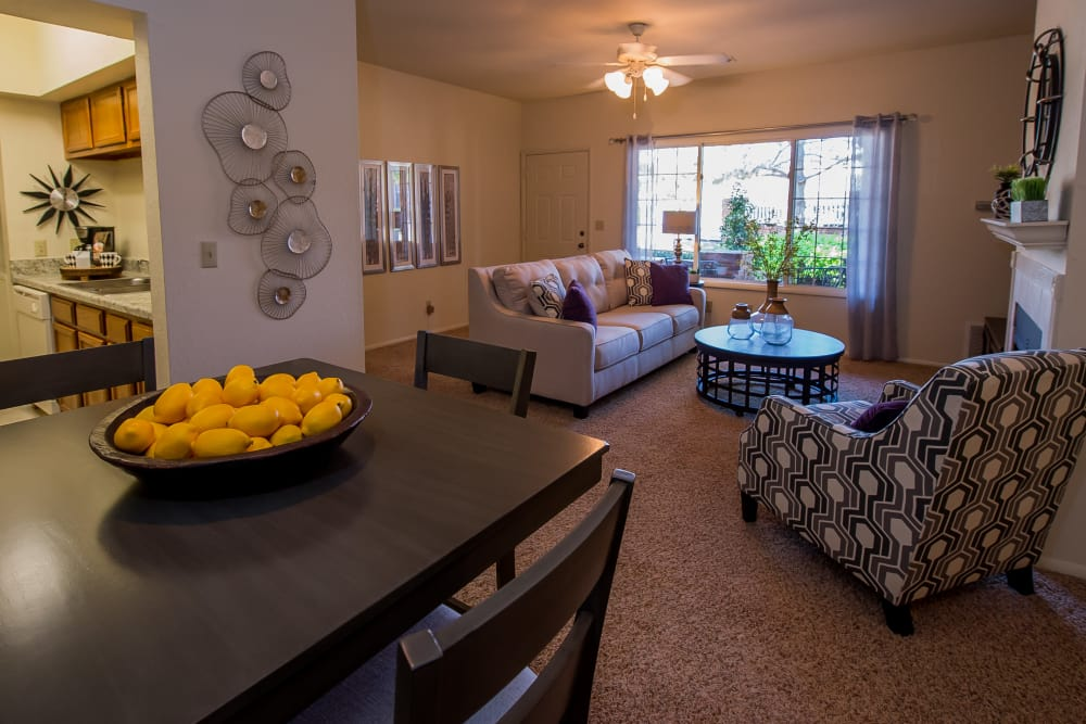 Tulsa apartments with Large living spaces