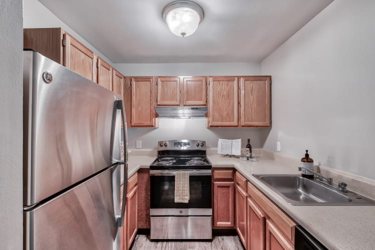 Model kitchen at Woods of Williamsburg Apartments