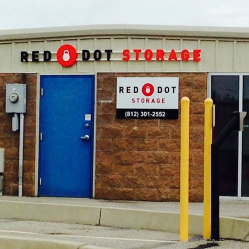 Rental center at Red Dot Storage in New Albany, Indiana