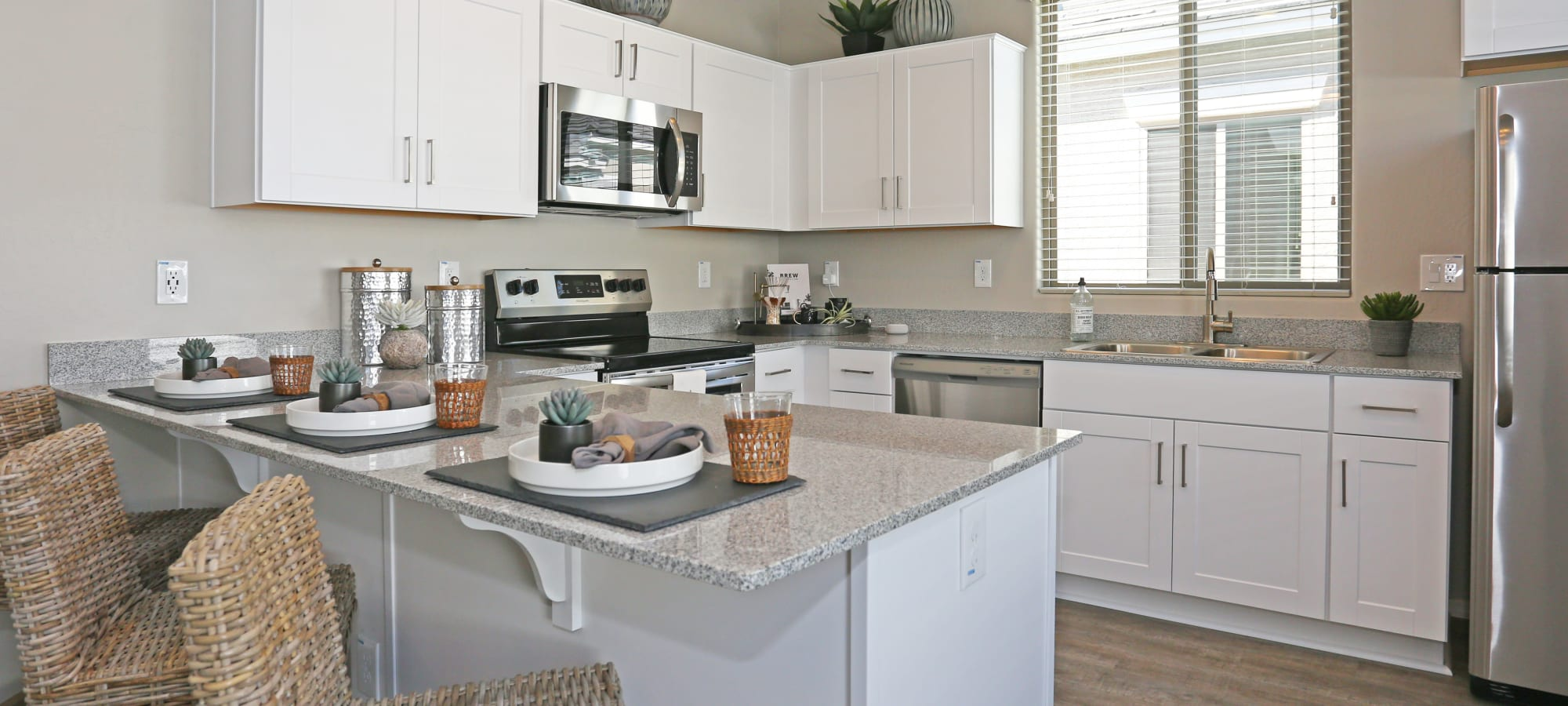 Our apartments in Glendale, Arizona showcase a luxury kitchen