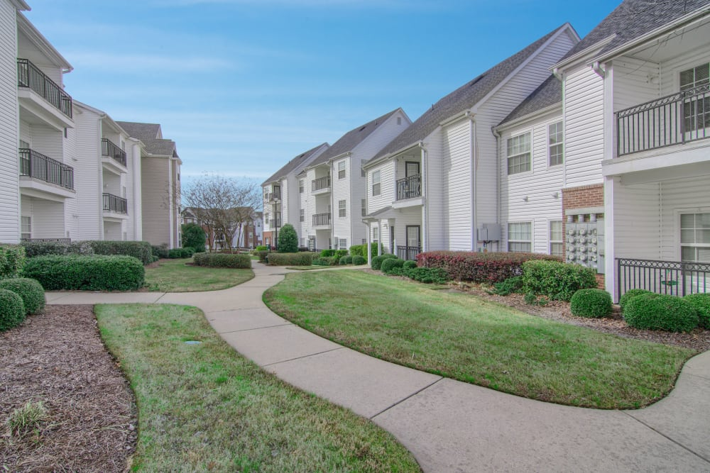 Beautiful landscaped walkway at Reserve at Long Point in Hattiesburg, Mississippi