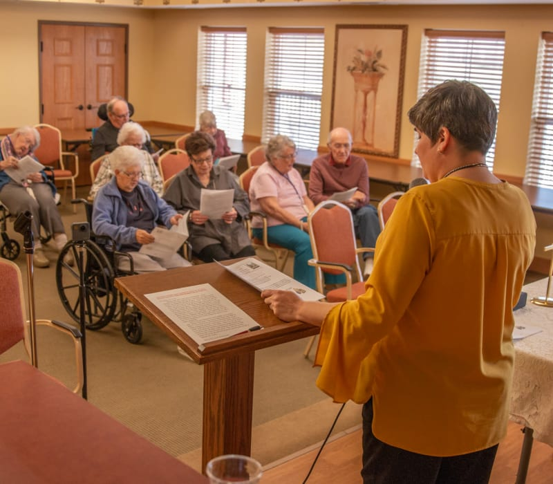 Service at Deer Crest Senior Living in Red Wing, Minnesota