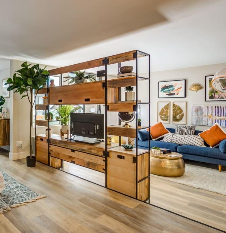 350 Sq Ft Studio Apartment: Modern Studio, 1 & 2 Bedroom Apartments In Los Angeles, CA
