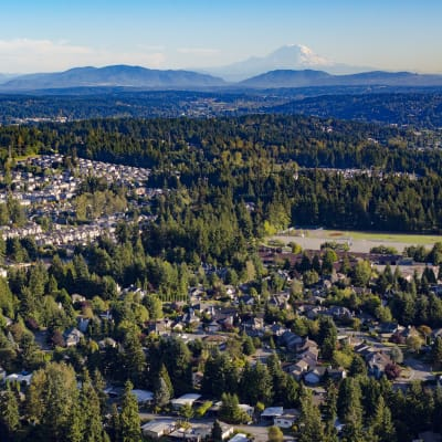 Beautiful aerial view of the neighborhood with Mount Rainier in the background near Sofi Lakeside in Everett, Washington