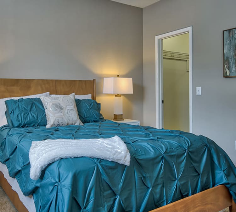 Master bedroom at Perry's Crossing Apartments in Perrysburg, Ohio