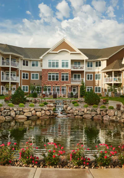 Take a virtual tour of Applewood Pointe Bloomington at Valley West in Bloomington, Minnesota.