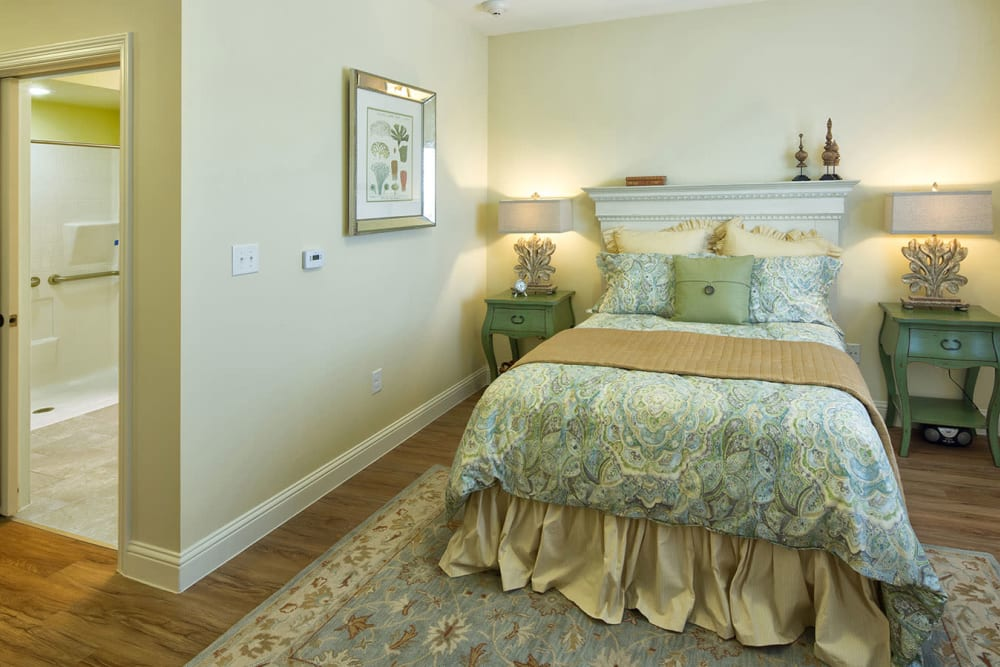 Spacious bedroom at The Village of Meyerlandin Houston, Texas