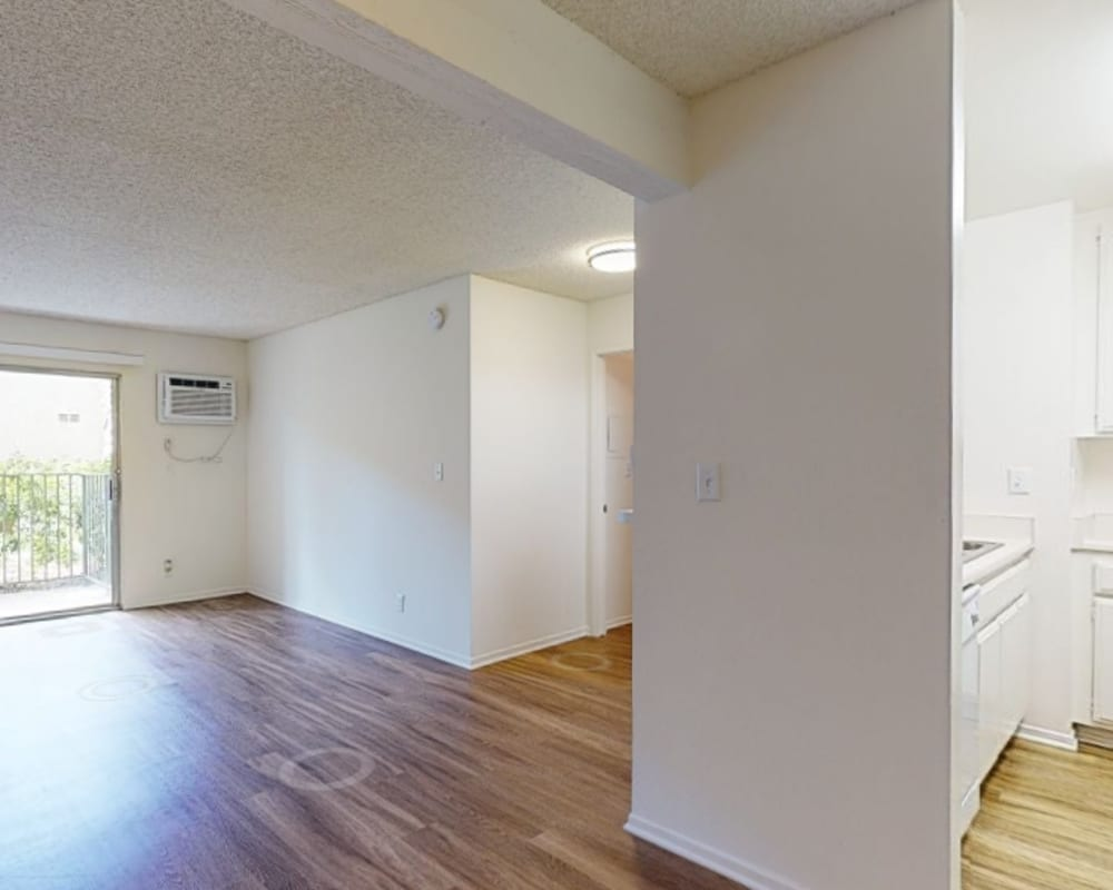 View a virtual tour of our 1 bedroom homes at Village Pointe in Northridge, California