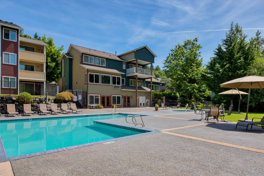 Swimming Pool at Aravia Apartments in Tacoma, Washington