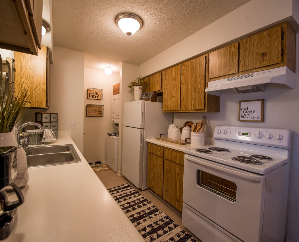 Well-equipped kitchen at Waters Edge in Oklahoma City, Oklahoma