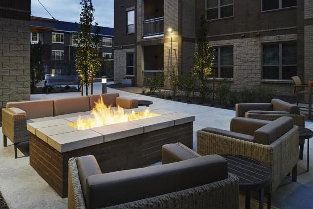 Outdoor fireside seating at {{location_name}} in {{location_city}}, {{location_state_name}}
