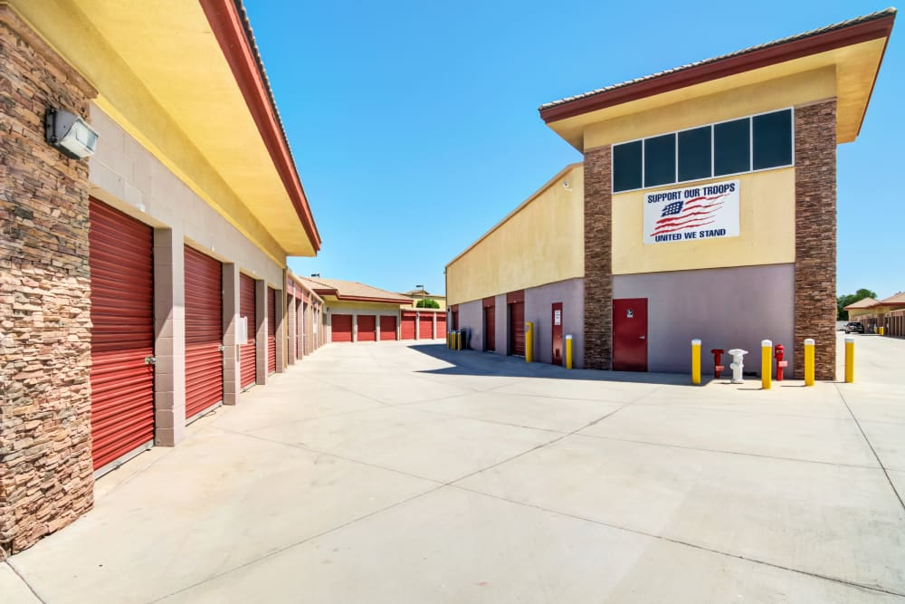 Wide drive aisles at Butterfield Ranch Self Storage