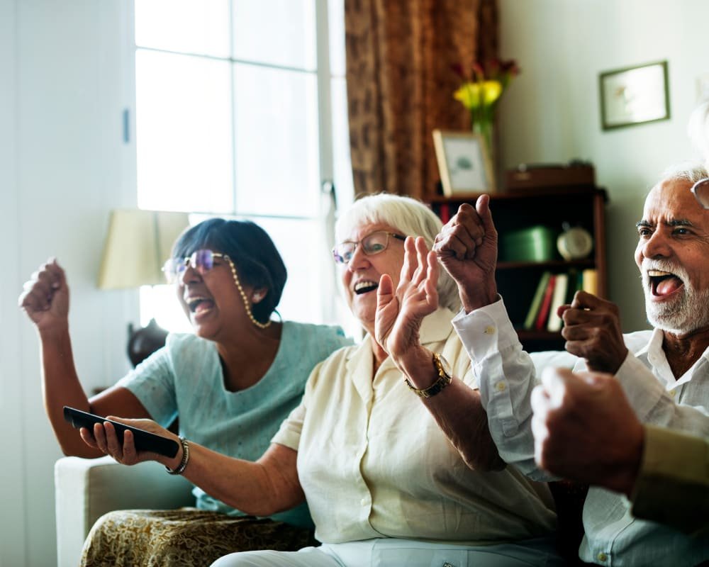 Residents cheering at Villa at the Lake in Conneaut, Ohio
