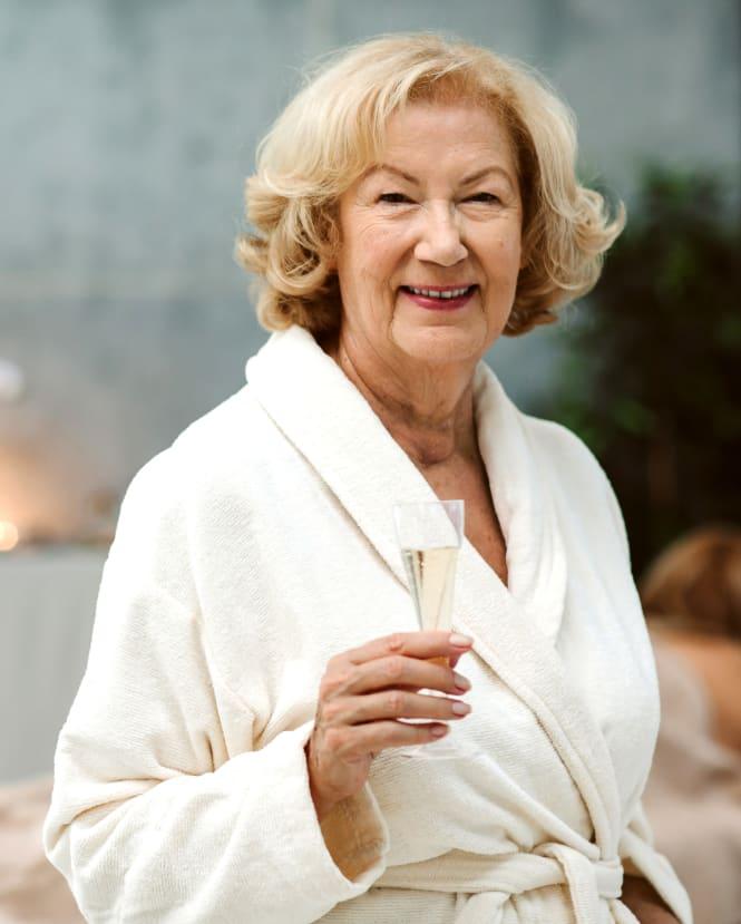 Luxury Spa & Salon at Estancia Senior Living in Fallbrook, California