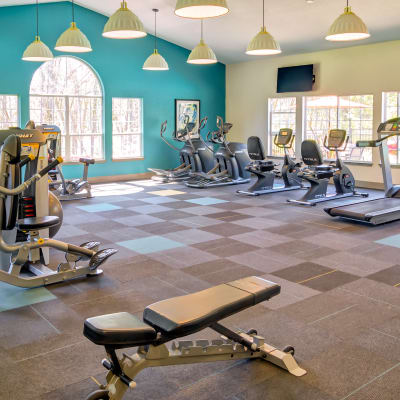 Spacious and well-equipped onsite fitness center at Sofi at Murrayhill in Beaverton, Oregon