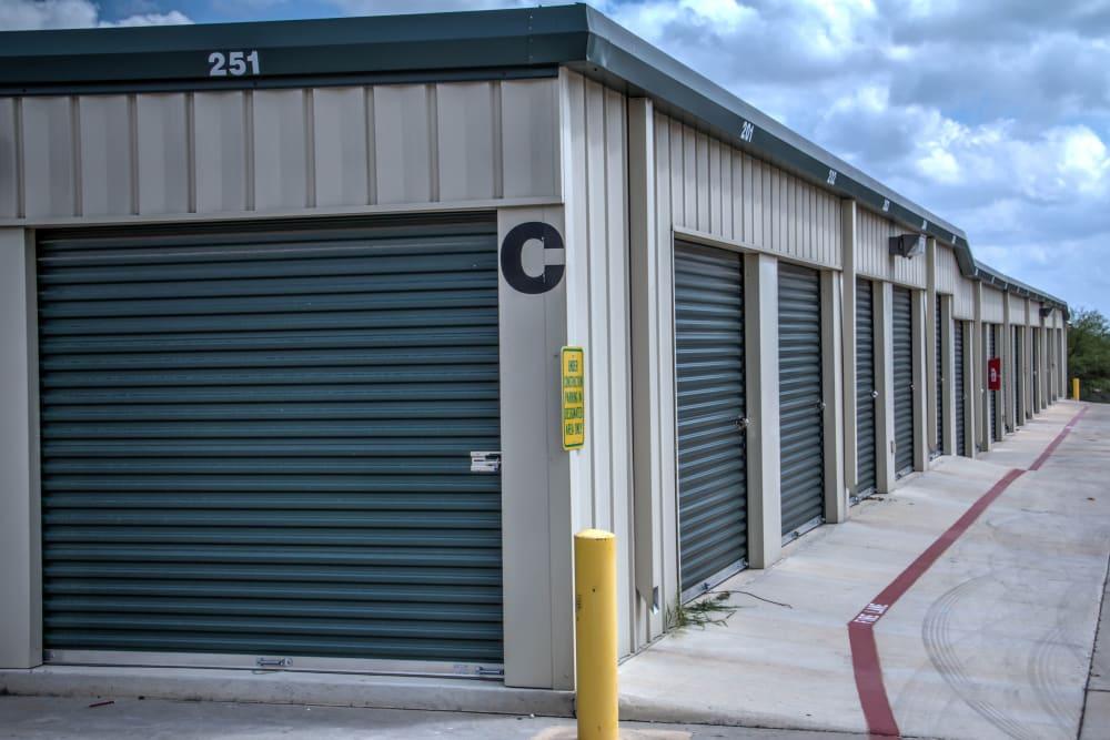 Exterior Units for San Antonio, Texas near Lockaway Storage