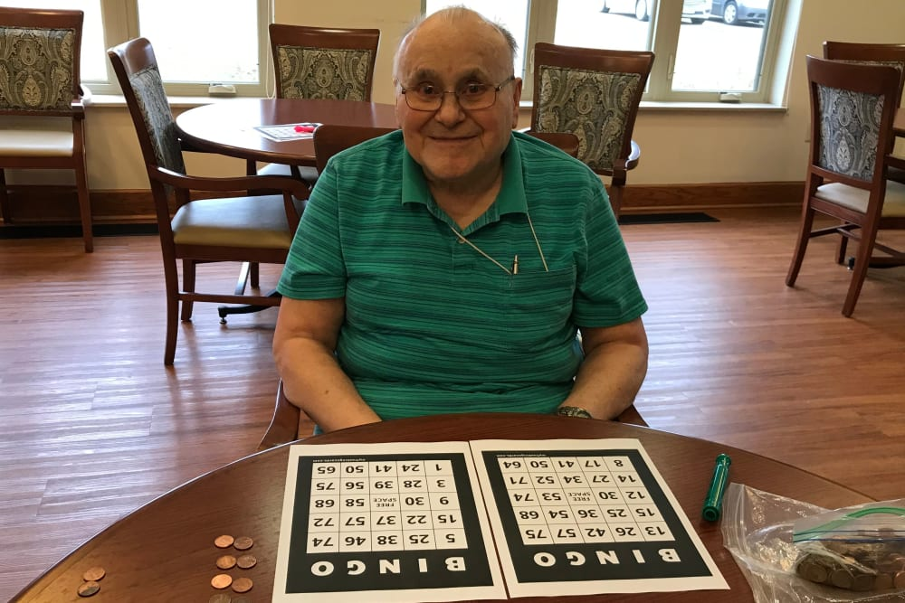 Resident playing bingo at Prairie Hills Senior Living in Cedar Rapids, Iowa.