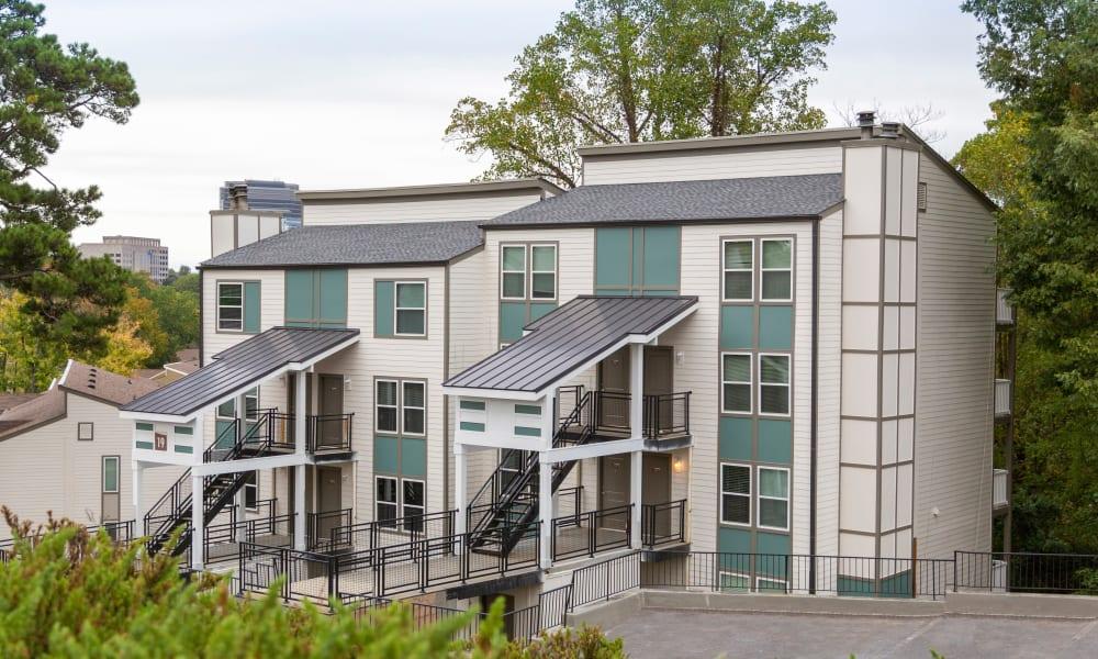 Exterior photo of The Halsten in Atlanta, Georgia