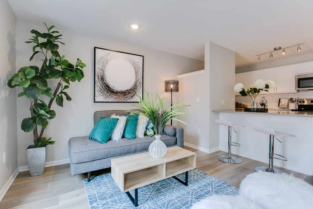 2 bedroom apartments at Loring Park Apartments in Minneapolis, Minnesota
