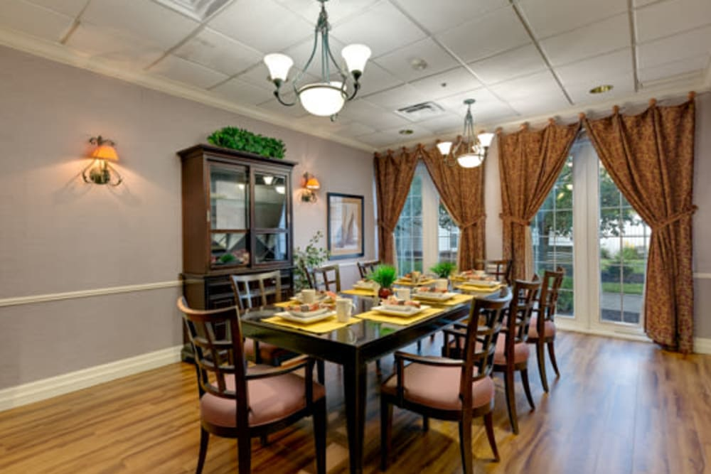 Private dining hall at Carriage Court of Kenwood in Cincinnati, Ohio.