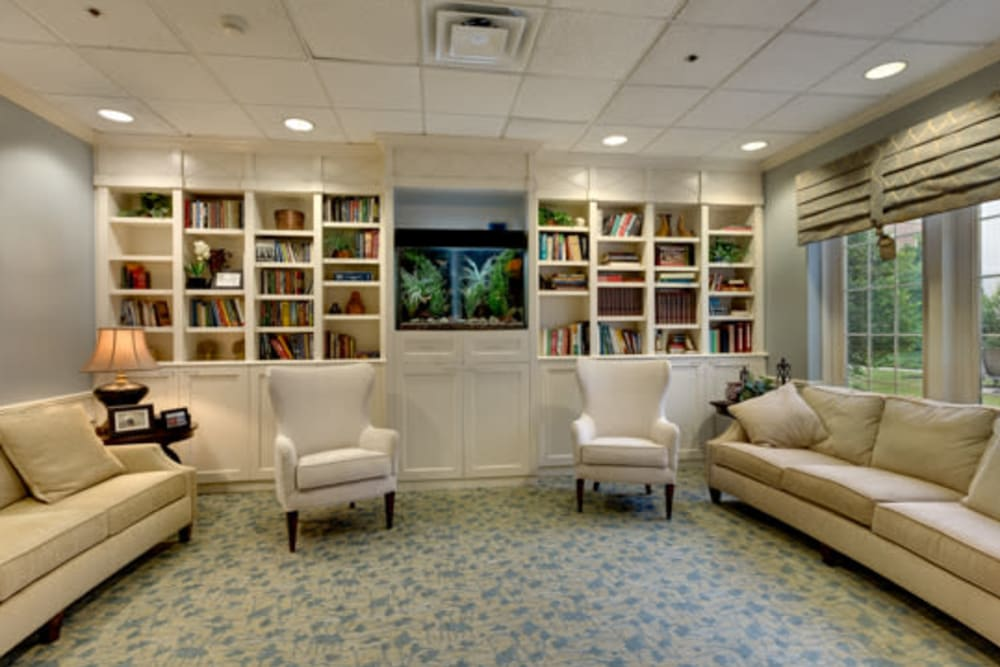 extensive library at Carriage Court of Kenwood in Cincinnati, Ohio.