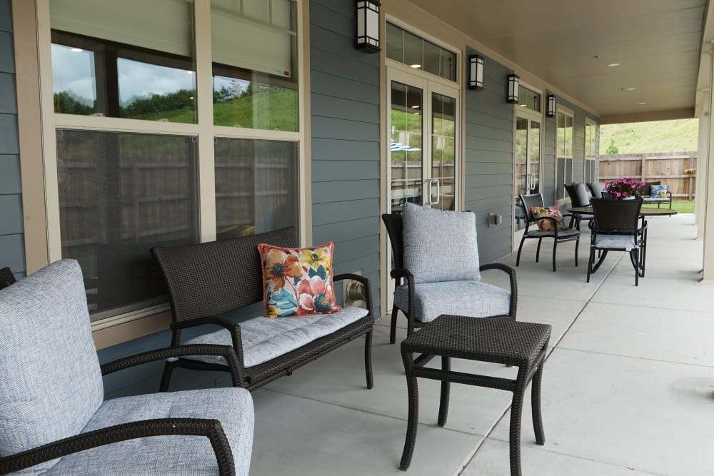 Patio at Harmony at White Oaks in Bridgeport, West Virginia