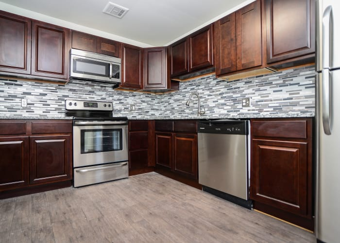 Timberlake Apartment Homes offers a fully equipped kitchen in East Norriton, PA