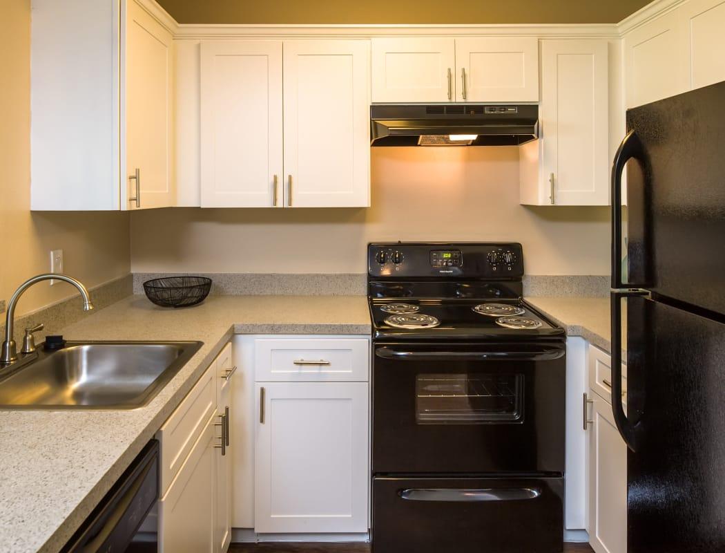 Huntington Place Apartment Features