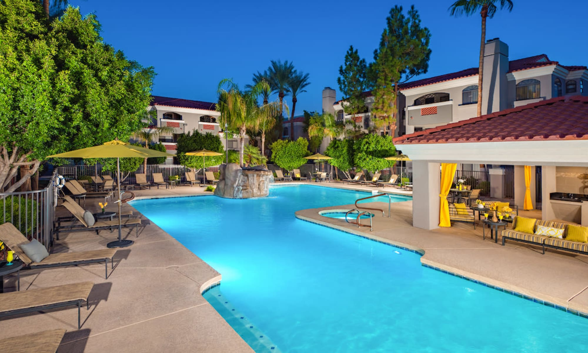Old Town Scottsdale, AZ Apartments | San Marin at the Civic Center