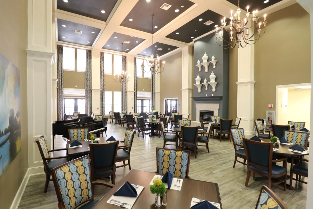 The dining room at Watercrest at Kingwood in Kingwood, Texas