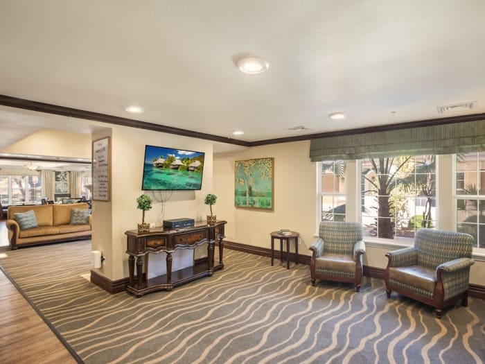 Enjoy a lounge at Pacifica Senior Living Spring Valley senior living facility