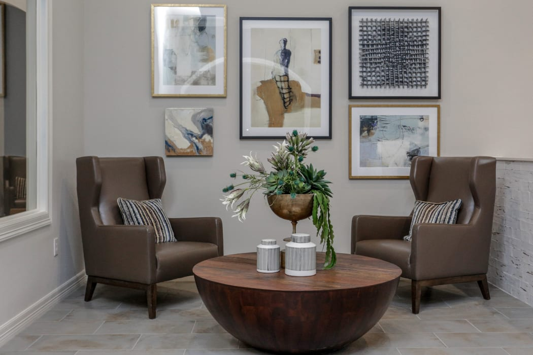 Clubhouse dining area at Cambria Cove Apartments in Houston, Texas