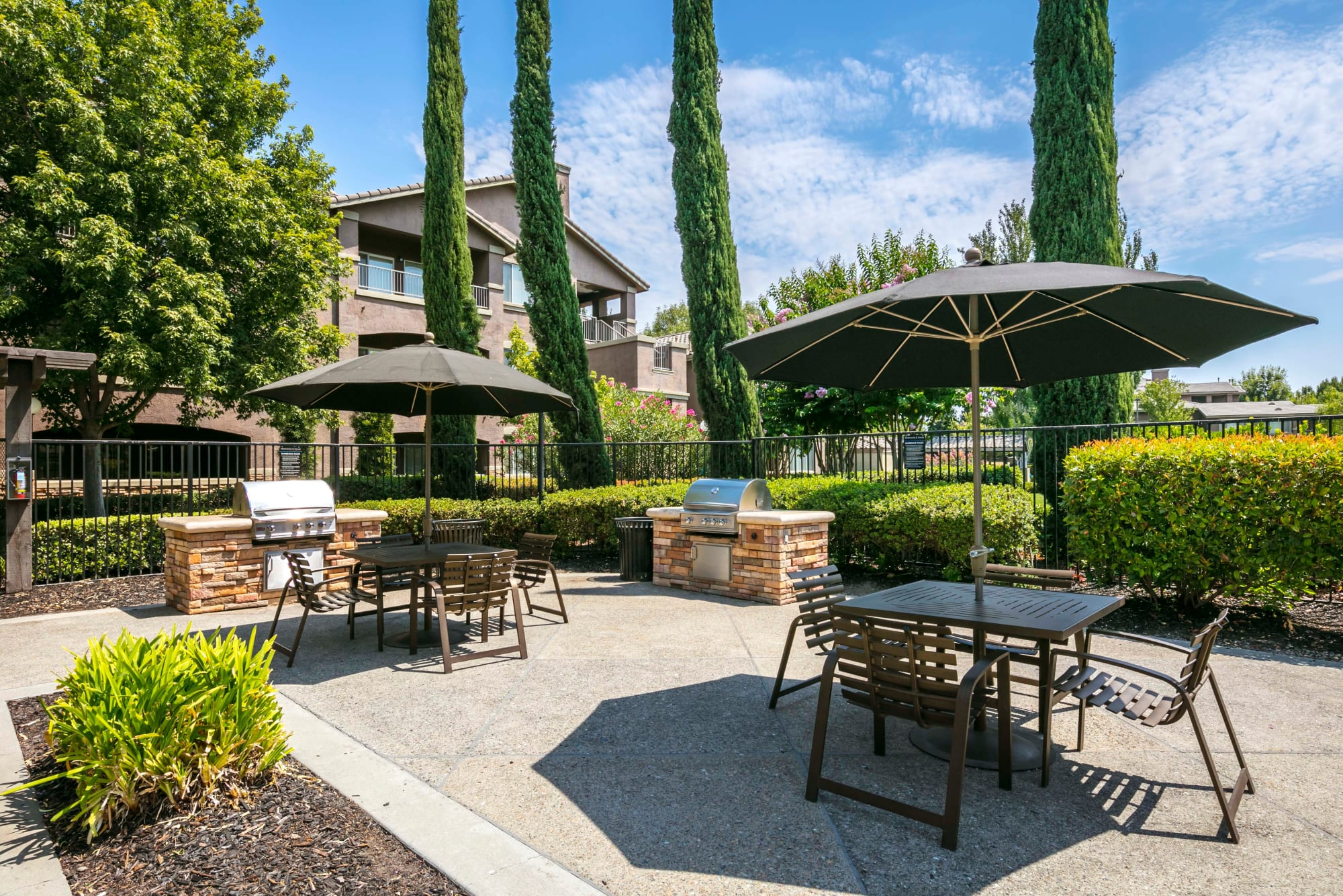 BBQ area at Miramonte and Trovas in Sacramento, California