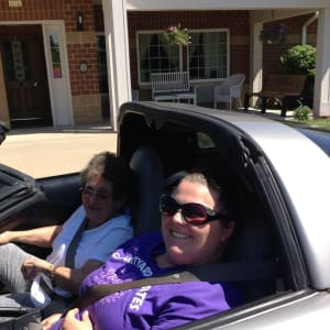 Resident Jan and a staff member at her Dare to Dream event at Courtyard Estates at Cedar Pointe in Pleasant Hill, Iowa