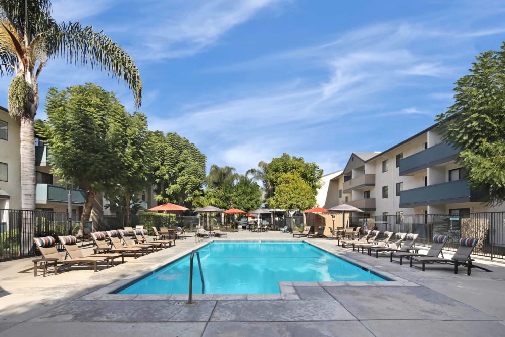 Resort-style swimming pool at Haven Warner Center in Canoga Park, California