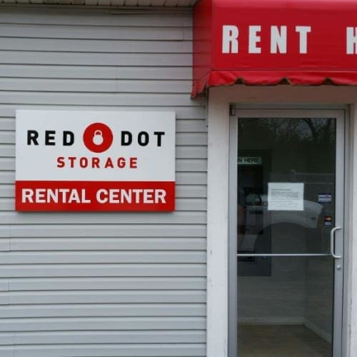 Rental center at Red Dot Storage in Antioch, Illinois