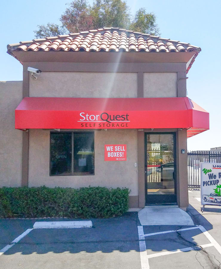 The exterior of the office at StorQuest Self Storage in Palm Springs, California