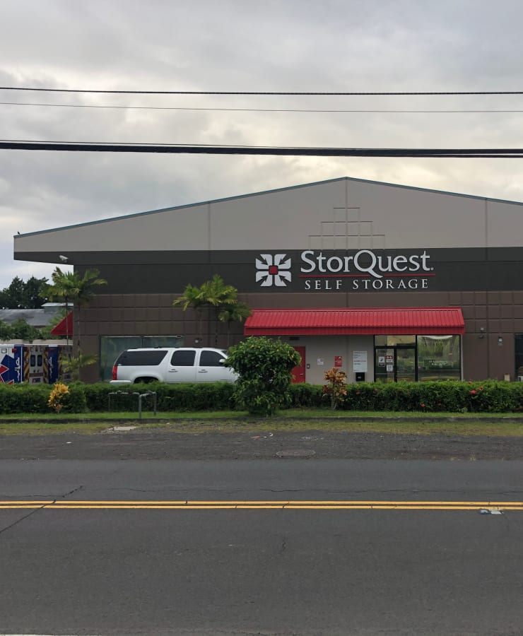 The exterior of the main entrance at StorQuest Self Storage in Hilo, Hawaii