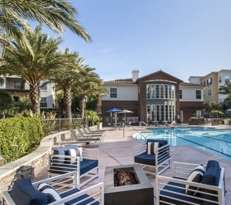 Comfortable poolside seating at Park Central in Concord, California