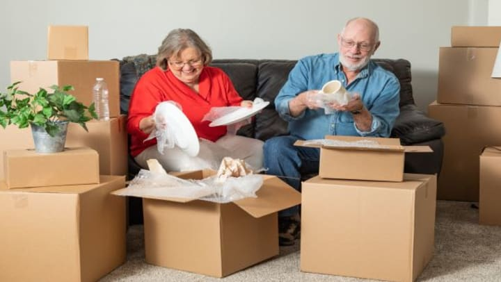 downsizing for seniors with an old couple