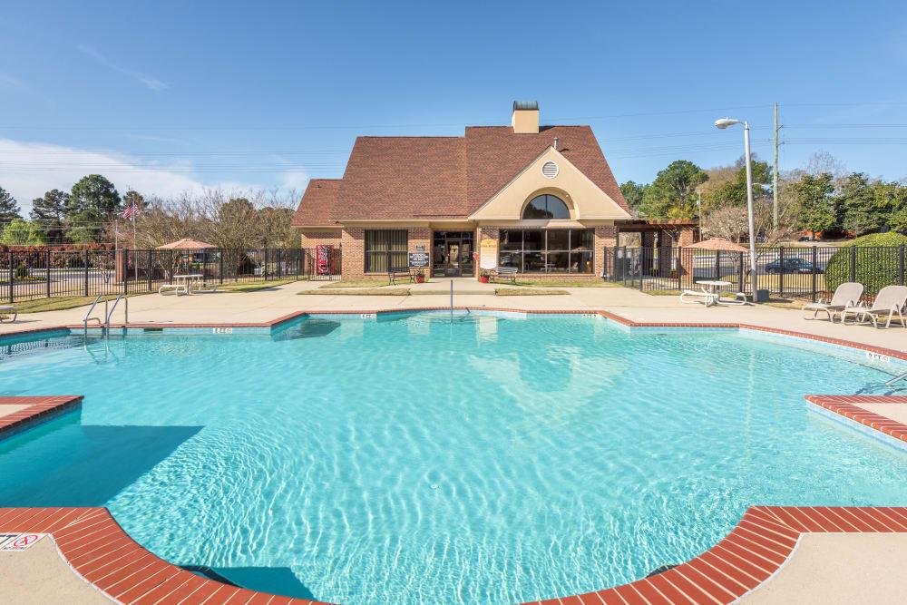 Pool AreaBriarwood Apartments