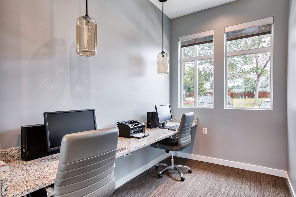 Residents office at Vistas at Stony Creek Apartments in Littleton, Colorado