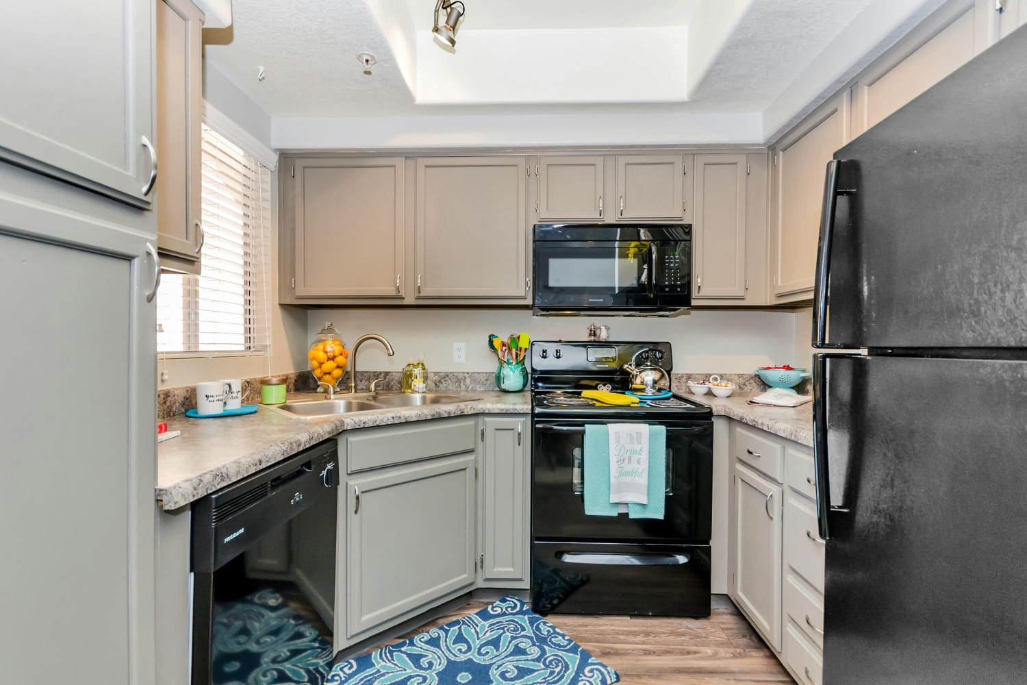 Spacious kitchen at Alcove at the Islands in Gilbert, Arizona
