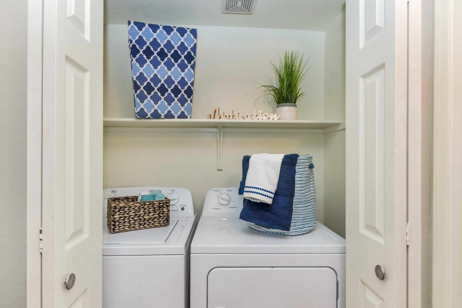 In-unit washer and dryer at Alcove at the Islands in Gilbert, Arizona