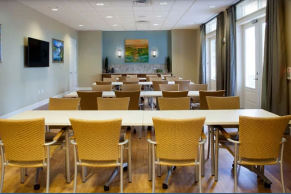 Seating in the dining room at Ortega Gardens Alzheimer's Special Care Center in Jacksonville, Florida