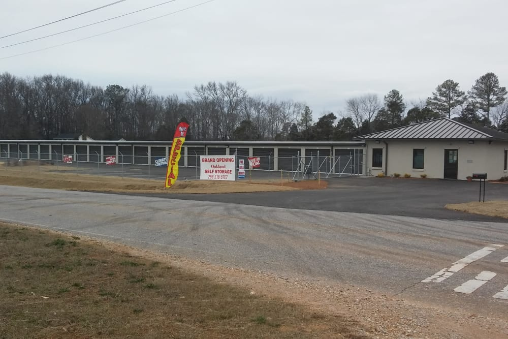 The exterior of Oakland Self Storage in Madison, Alabama