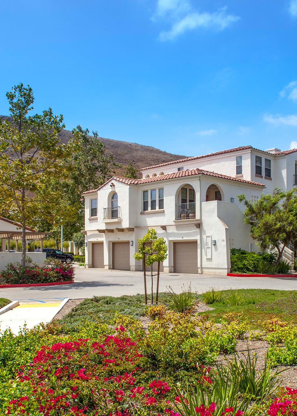 Luxury apartments at Mission Hills in Camarillo, California