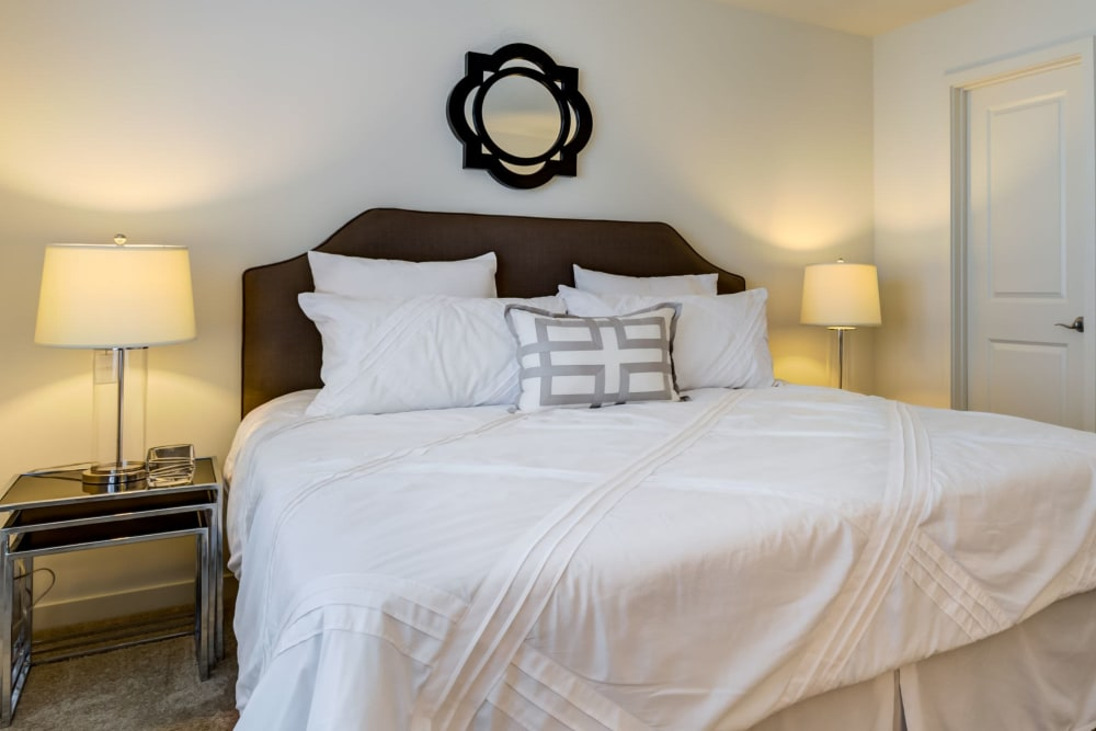 Spacious bedroom at The Oaks Of Vernon Hills in Vernon Hills, Illinois