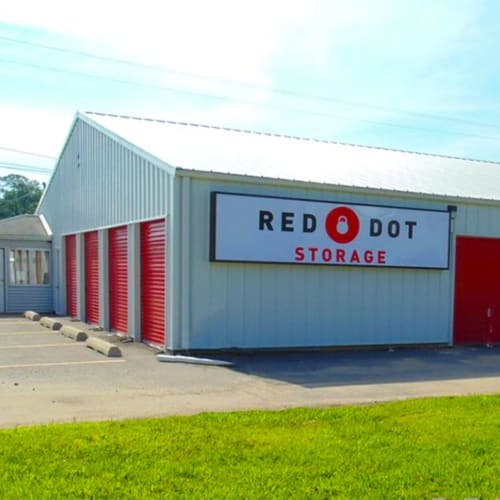 Building with storage units at Red Dot Storage in North Little Rock, Arkansas