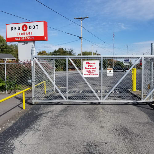 Electronic gate at the entrance to Red Dot Storage in Springfield, Tennessee